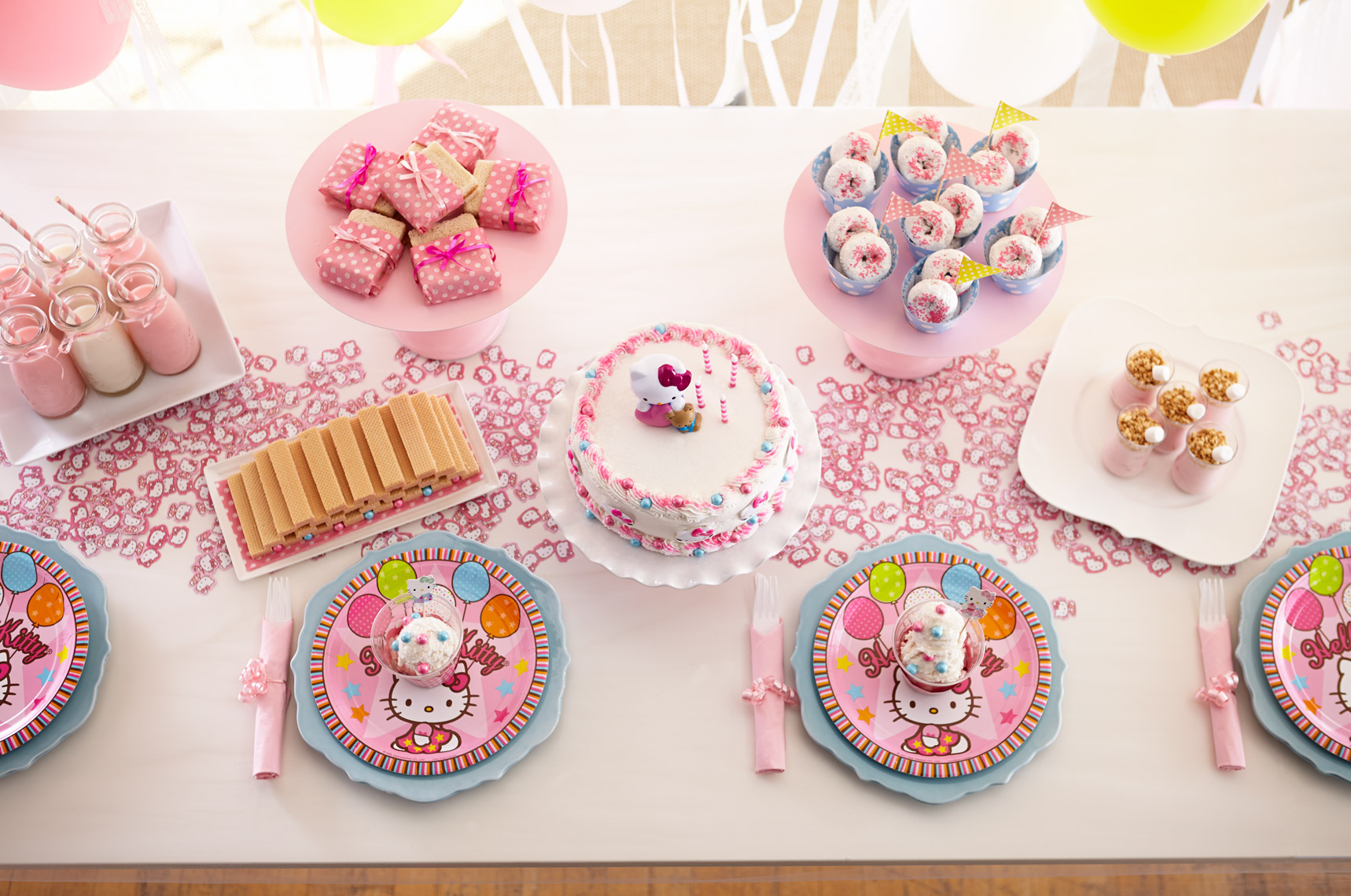 Rtchd_HelloKitty_Food_hero_133x_Crop.jpg